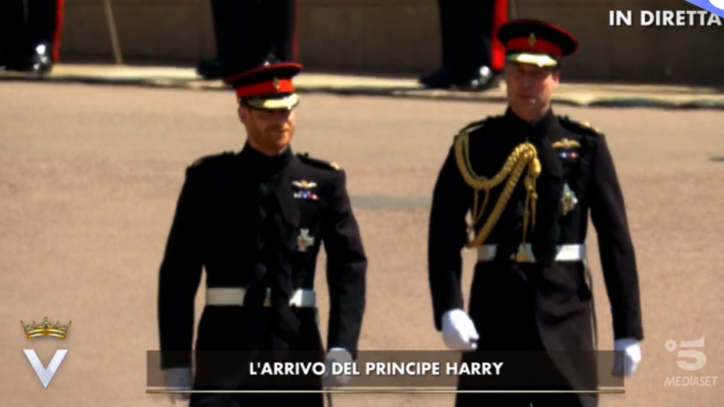 Matrimonio Harry In Chiesa : Royal wedding harry e william arrivano in chiesa
